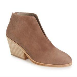 Eileen Fisher Nelson Leather Split Booties